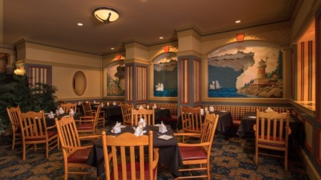 Captains Grille at the Yacht Club